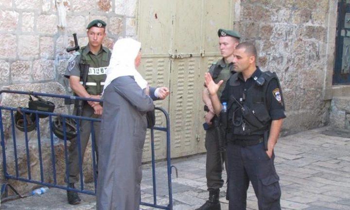 اعتقال ثلاث سيدات أثناء خروجهن من الأقصى