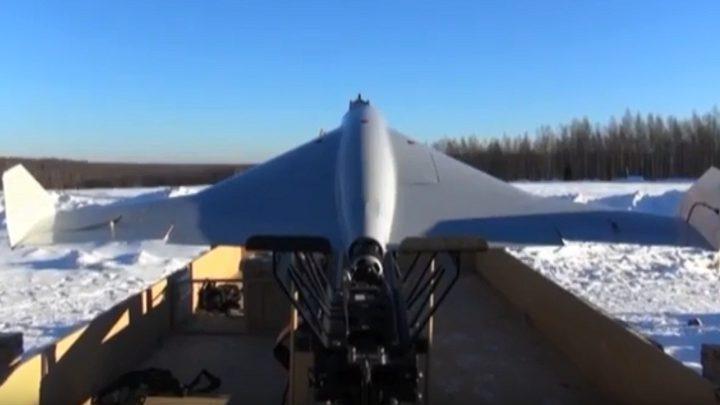 "روسيا تستعرض ""درونها الانتحاري""! (فيديو)"