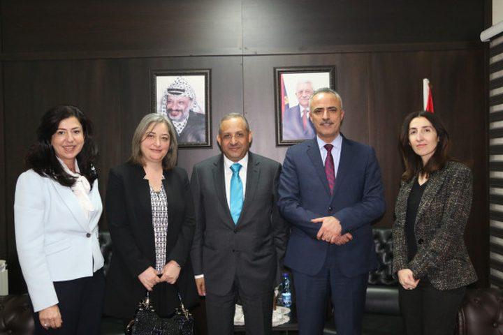 أبو دياك يبحث مع رئيس ديوان التشريع والرأي الأردني سبل تعزيز التعاون المشترك