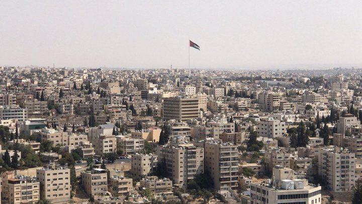 عاطلون عن العمل يجوبون شوارع العقبة في عمّان