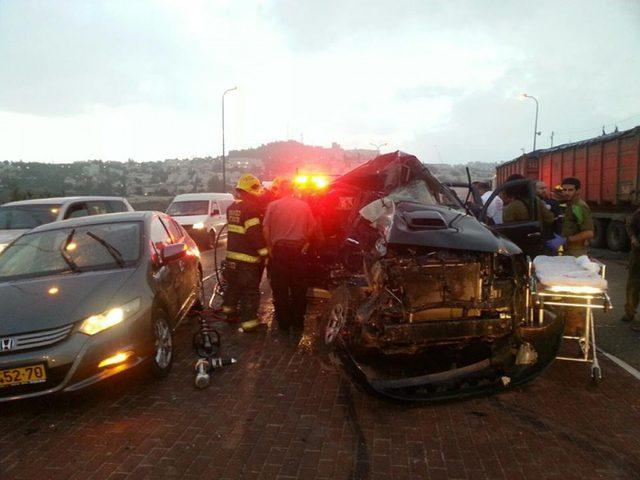 مصرع إسرائيليين وإصابة ثالث بحادث سير قرب اللبن الشرقية