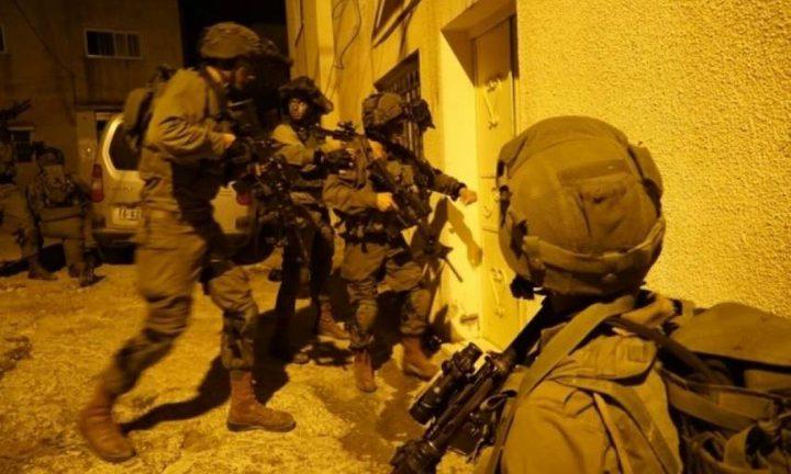 الاحتلال يعتقل طفلا ويداهم منزلا في بيت لحم
