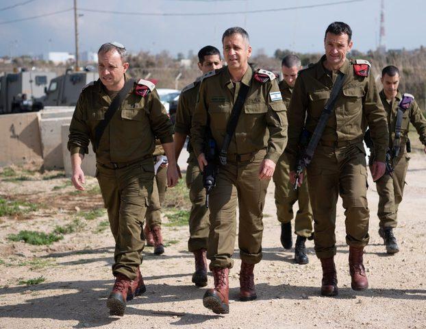 رئيس أركان حرب الاحتلال يجري جولة ميدانية في المستوطنات المحيطة بغزة