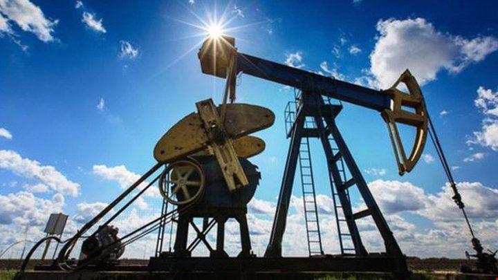 النفط يواصل التراجع