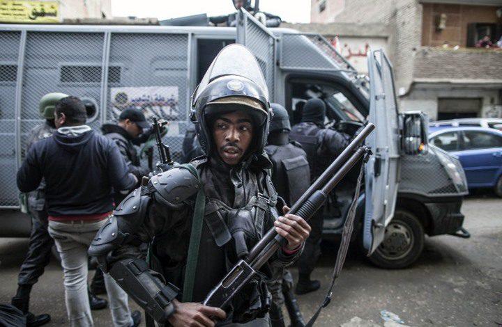 الأمن المصري يكشف عن لغز وفاة شاب داخل شقته