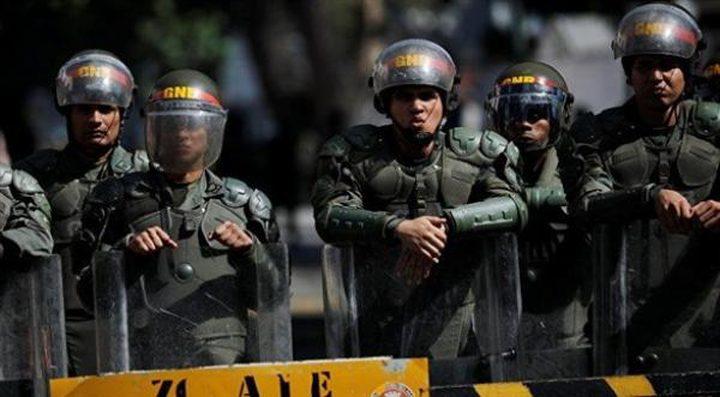الجيش الفنزويلي يتأهب على الحدود