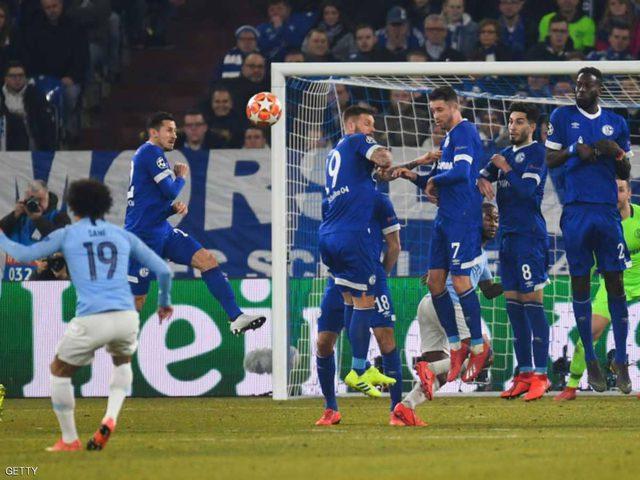 """رغم الفوز.. غوارديولا """"غير سعيد"""" ويطالب اللاعبين بالمزيد"""