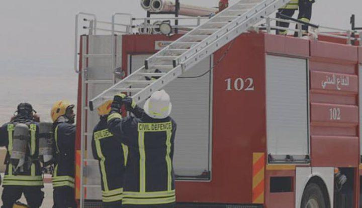 الدفاع المدني يخلي 11 عائلة من حريق سكني في الرام شمال القدس