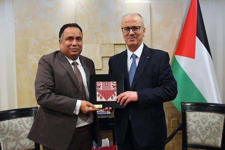 الحمدالله يبحث مع السفير الهندي تعزيز التعاون المشترك
