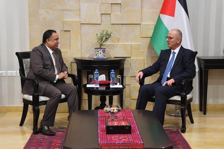 الحمد الله يبحث مع السفير الهندي تعزيز التعاون المشترك