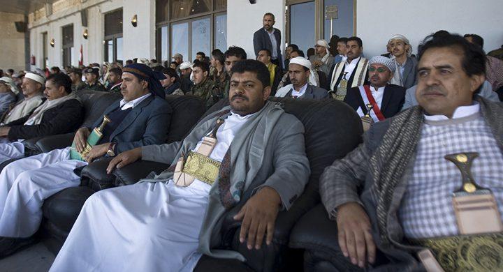 الحوثي يعلق على قرارات البشير الصادمة