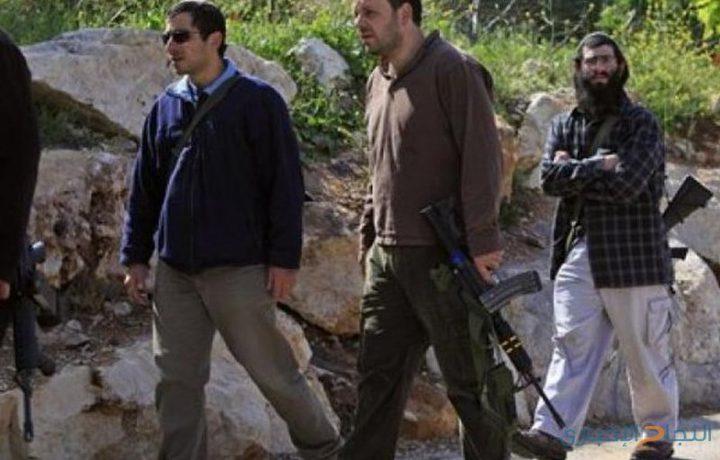 مواطنون يتصدون لاعتداءات المستوطنين على أراض زراعية