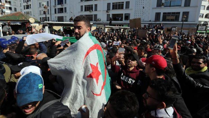 الجزائريون ينتفضون ويرفضون ترشح بوتفليقة