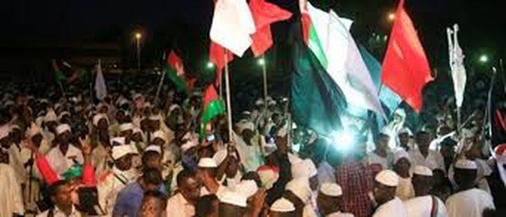 تجدد المظاهرات بالسودان.. والشرطة تطلق الغاز في أم درمان