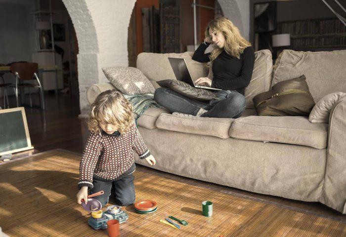 دراسة: الأثاث المنزلي يحتوي عل مواد كيماوية تسمم للأطفال!