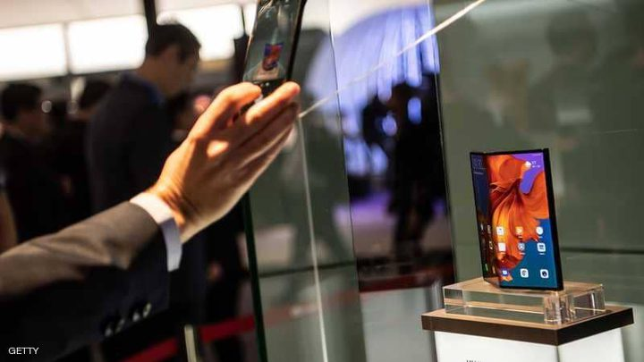 """معرض برشلونة.. هواتف قابلة للطي و""""خيبة أمل"""" الجمهور"""