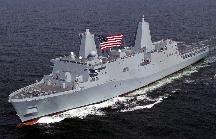 غواصة روبوتية ضخمة تابعة للبحرية الأمريكية تجوب المحيطات
