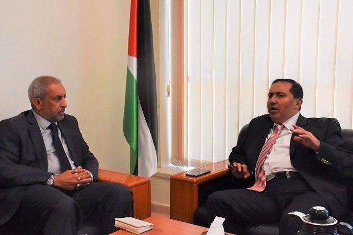 شامية يبحث مع ممثل جنوب افريقيا الأوضاع في دولة فلسطين