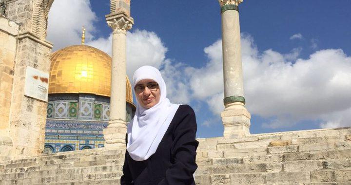 """الاحتلال يُبعد مواطنة مقدسية عن """"الأقصى"""" 6 أشهر"""