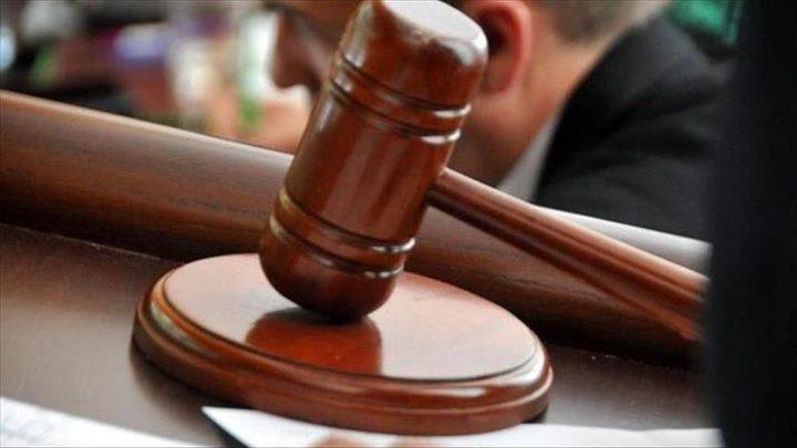 متهم يعتدي على رئيس محكمة عسكرية تونسية