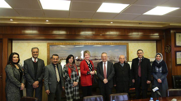 ممثل جمهورية بولندا لدى فلسطين يزور جامعة النجاح الوطنية