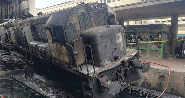استقالة وزير النقل المصري بعد حادث قطار محطة مصر