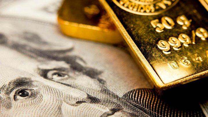 الذهب مستقر بفعل تراجع الدولار