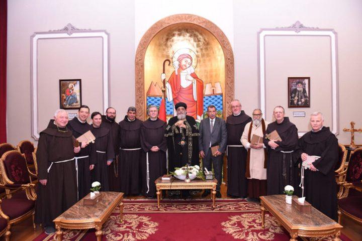 خوري يشارك في احتفالات حراسة الأراضي المقدسة بالقاهرة