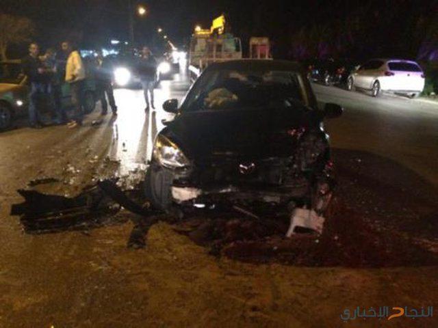 اصابة ٤ مواطنين اثر حادث سير شمال الخليل