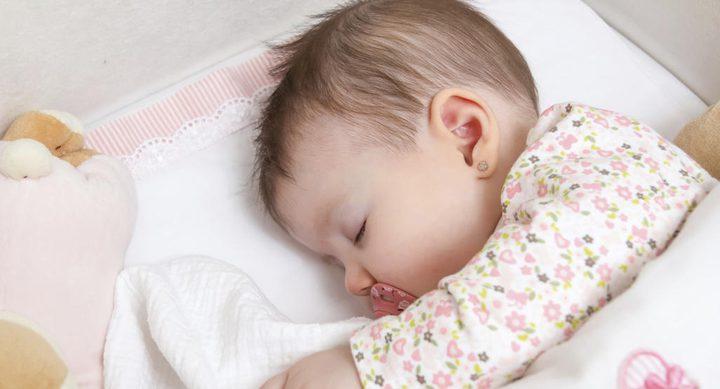 ما هي أضرار اجبار الطفل على النوم ؟