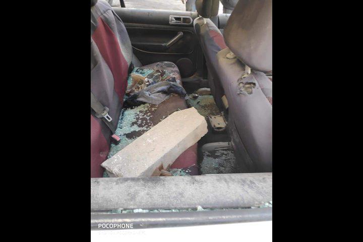 احتجزها 14 شهراً.. الاحتلال يسلم عائلة مرعي مركبتهم بعد تدميرها