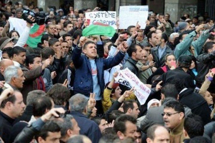 الرئاسة الجزائرية ستعلن عدة قرارات مهمة خلال ساعات