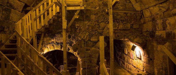 الخارجية تحذر من مخاطر الحفريات ونتائجها الكارثية أسفل الاقصى