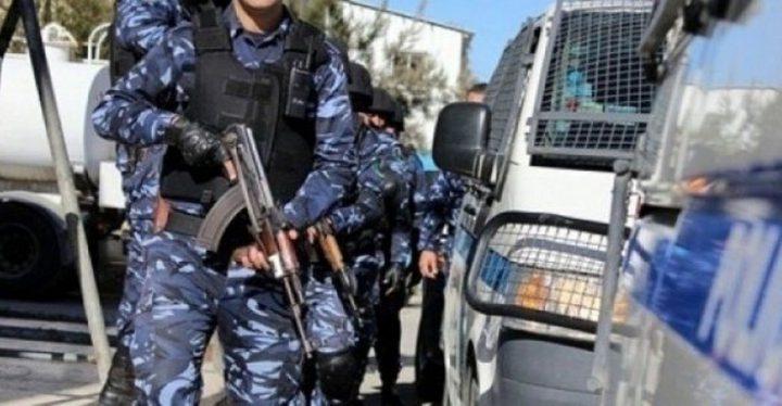 الشرطة تنفي الاخبار التي تتحدث عن اشخاص يخطفون اطفالا في نابلس