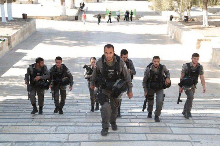 مخابرات الاحتلال تستدعي حاتم عبد القادر للتحقيق