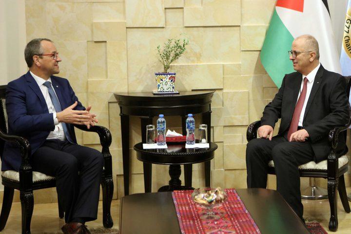 الحمد الله يستقبل المدير الاقليمي لليونيسيف لمنطقة الشرق الأوسط