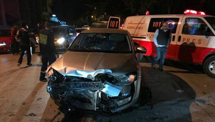 مصرع سيدة وإصابة حفيدتها بحادث سير ذاتي في نابلس