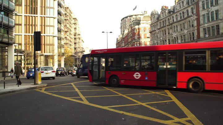 لندن: العثور على 3 قنابل في مناطق مركزية