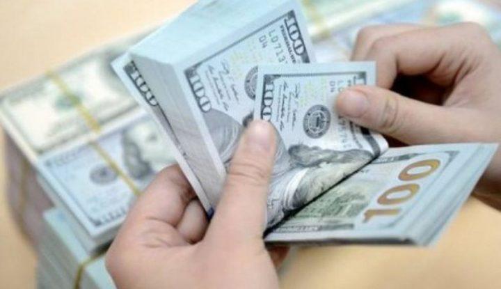 الدولار يرتفع لأعلى مستوى بأسبوعين