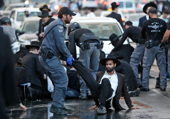 شرطة الاحتلال تعتقل 23 من المتدينين اليهود