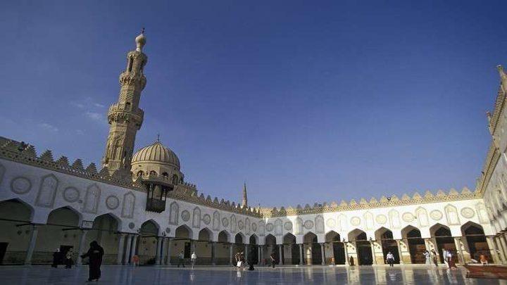 """تعيين مؤذن """"أخرس"""" في أحد مساجد مصر !"""