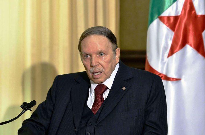 """بوتفليقة يوجه رسالة للجزائريين """"احذروا الفئات الغادرة"""""""