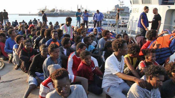 """إصابة عشرات المهاجرين بعد """"قمع"""" احتجاجهم في ليبيا"""