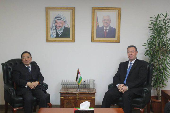 السفير دياب اللوح يلتقي نظيره الصيني في القاهرة