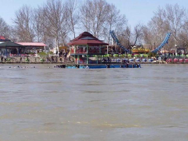 ارتفاع حصيلة ضحايا حادثةغرق عبارة نهر دجلة قرب الموصل إلى91 قتيلا