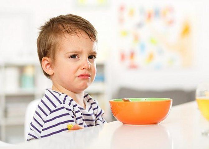 أخطاء تقتل شهية طفلك