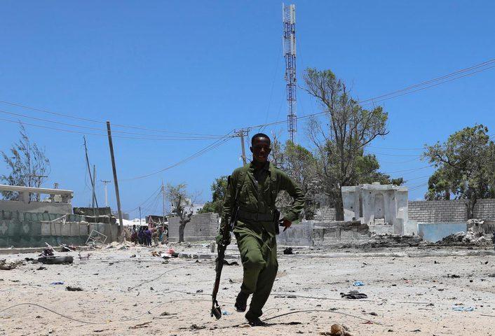 مقتل 15 صومالي في هجوم على مبنى حكومي بمقديشو