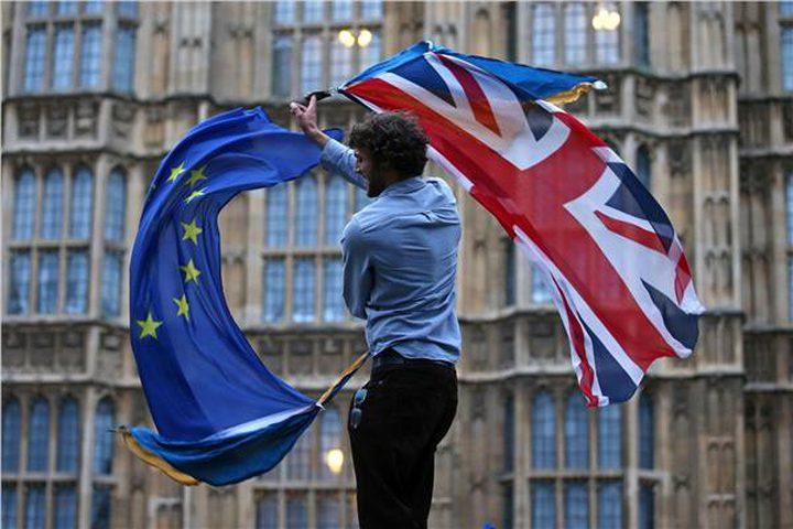 مسيرات ضخمة في لندن تطالب باستفتاء جديد على البريكست