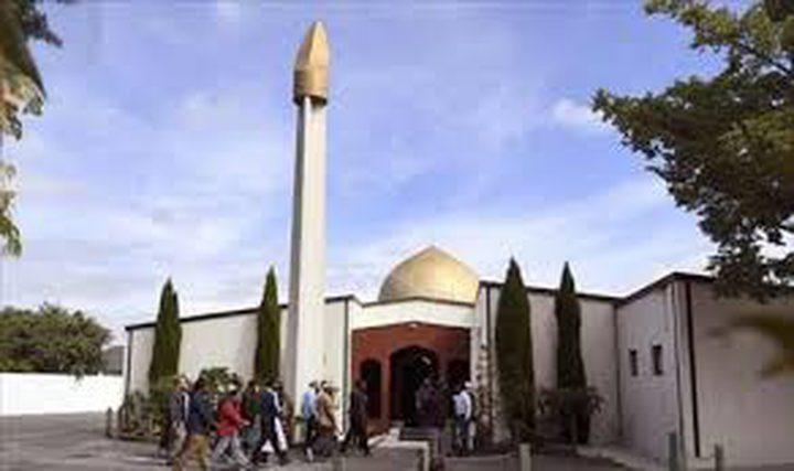 المصلون يعودون إلى مسجد النور في كرايست تشيرش