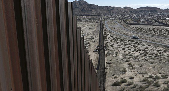 البنتاغون يخصص مليار دولار لبناء الجدار الحدودي مع المكسيك